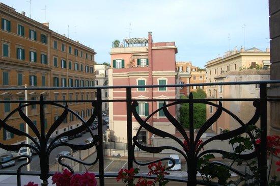 Colors Hotel: terraza propia