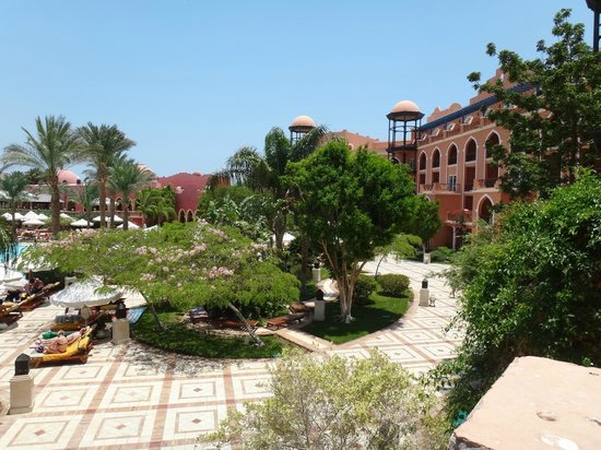 The Grand Resort Hurghada: View from balcony to pool