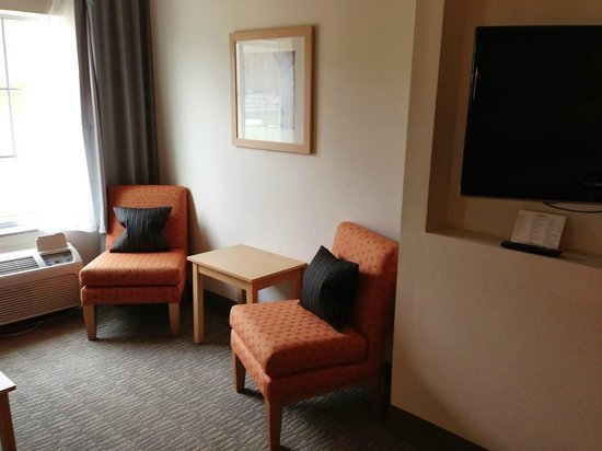 La Quinta Inn & Suites Austin NW/Lakeline Mall : Plenty of room for a family