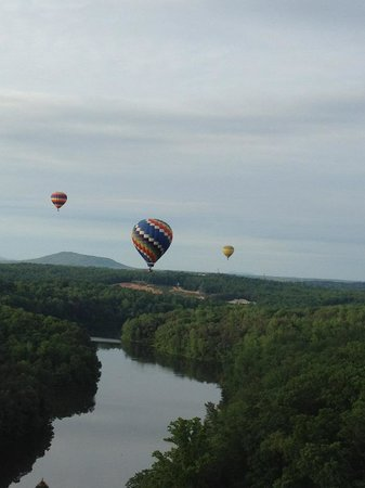 Boar's Head Ballooning - Private Flights