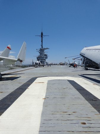 Patriots Point Naval & Maritime Museum: Flight Deck of the USS Yorktown