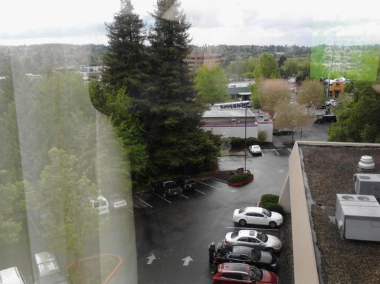 Embassy Suites by Hilton Portland Washington Square: View from Room 609