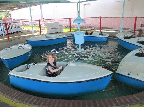 Camden Park: Boats