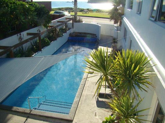 Belle Mer Beachfront Apartments: Heated Swimming Pool for Guests Use