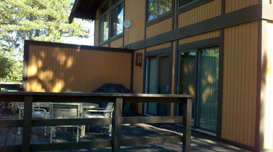 Graeagle Meadows Vacation Rentals & Real Estate : Back deck