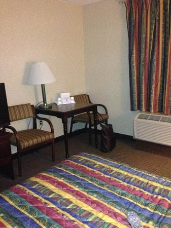 "Days Inn Parsippany: ""Work Desk"""