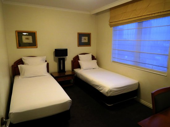 The Sebel Quay West Auckland: Room 2207, second bedroom