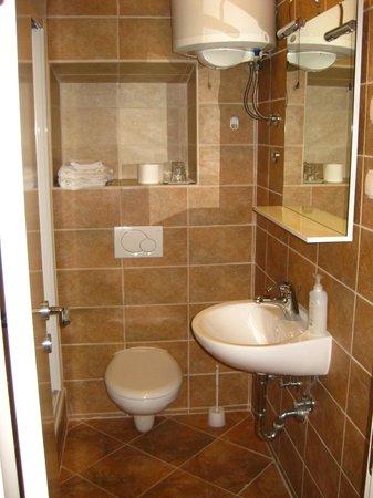 Apartments Malena: Bathroom