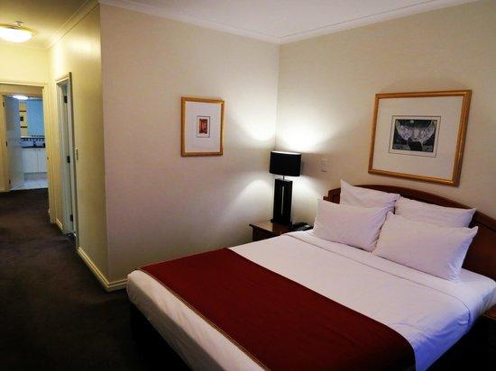 The Sebel Quay West Auckland: Room 2207, main bedroom