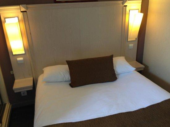 Derby Eiffel Hotel: Double room
