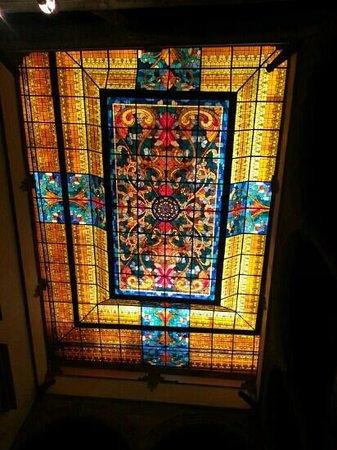 Hotel Virrey de Mendoza: Vitral Lobby