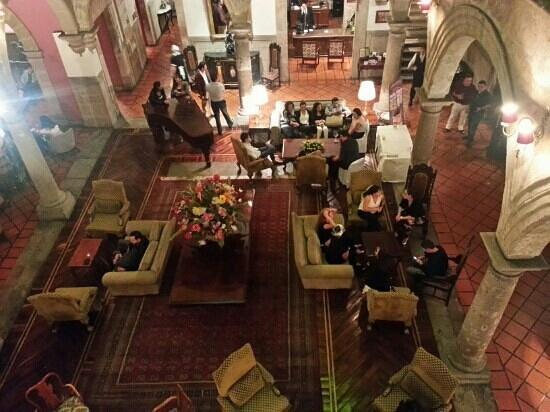 Hotel Virrey de Mendoza: Lobby desde arriba