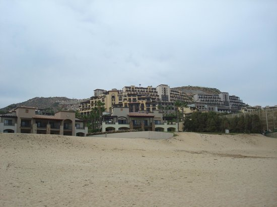 Pueblo Bonito Sunset Beach Golf & Spa Resort: resort from beach