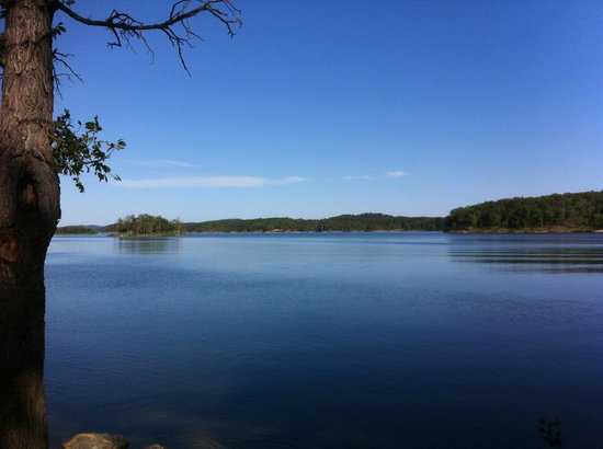 Pine Meadow Cabins: Broken Bow Lake, 5 minutes from the Hochatown Hideout