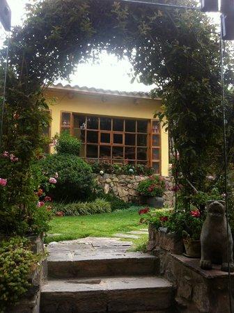 Hotel Samanapaq: Pretty gardens