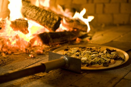 Woodstock Coterie: Woodoven Pizza Night every Friday night