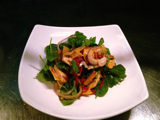 Pippies by the Bay: Spicy Chicken Salad