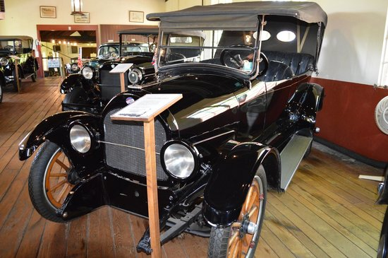 Grovewood Village: Car Museum