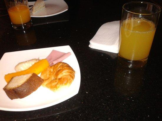 Habitat Hotel: Café-da-manhã