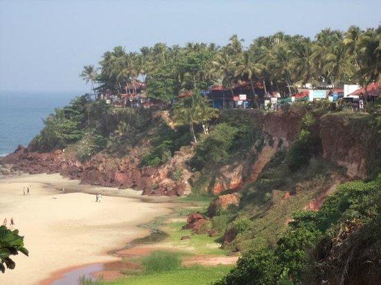 Casa Eva Luna: The Cliff