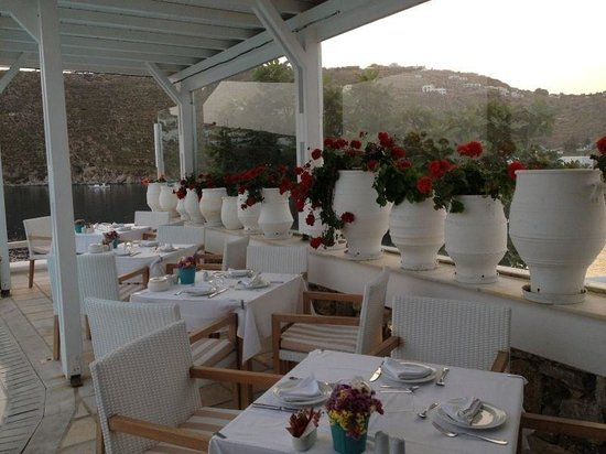 Nissaki Boutique Hotel: Restaurant