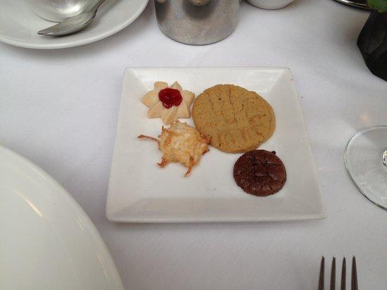 L'Ecole: the free dessert