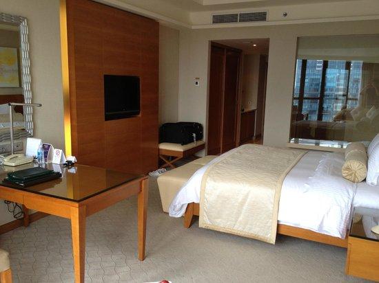 Caravelle Saigon: room1