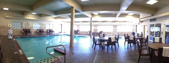 Holiday Inn Express Pullman: Pool area