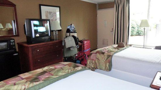 North Charleston Inn: Room 102