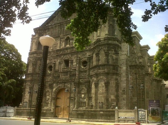 Malate Church : outside view of the curch