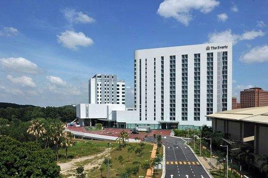 The Everly Putrajaya (R̶M̶ ̶4̶8̶2̶) RM 155: UPDATED 2018