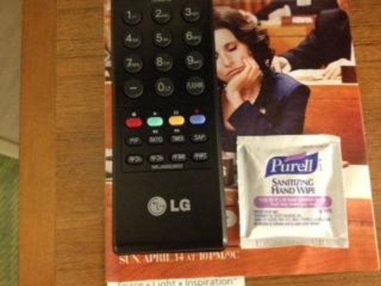 SpringHill Suites Cleveland Solon: Wipe for cleaning TV remote