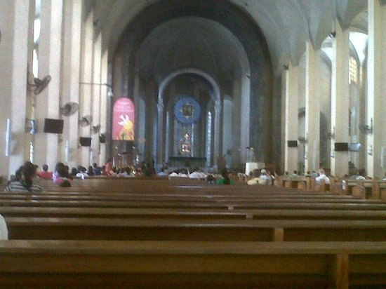 Redemptorist Church - National Shrine of Our Mother of Perpetual Help: inside the church