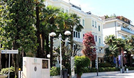 Grand Hotel Trieste & Victoria: exterior