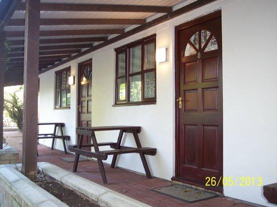 Andel Lodge : front door to room