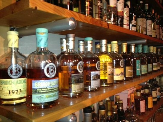 The Bruichladdich Collection - Picture of Fets Whisky Kitchen ...