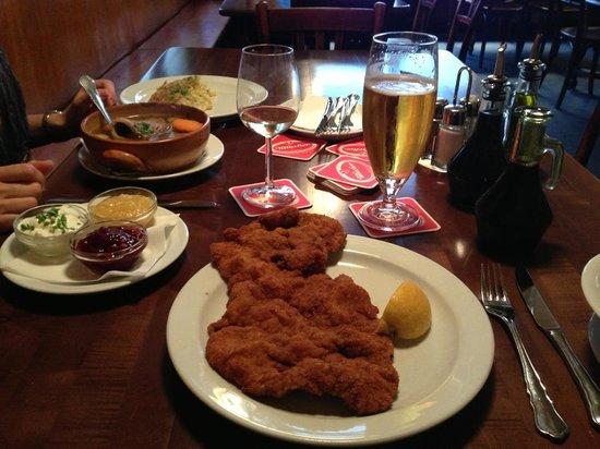 Photo of German Restaurant Gastwirtschaft Schilling at Burggasse 103, Vienna 1070, Austria