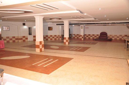 Hotel Teg Royal: Banquet and meeting Hall