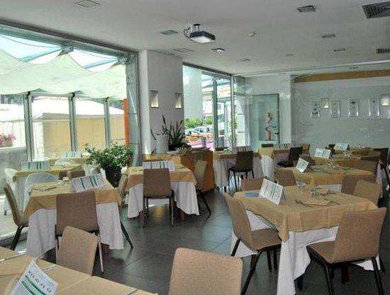 Viva Hotel: Interno Ristorante