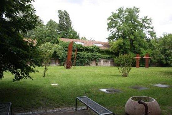 Delizia Estense B&B : garden Schivanoia Museum