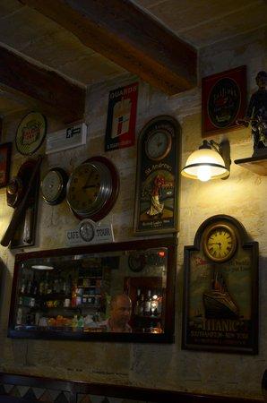 Museum cafe: inside