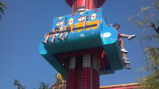 Ατέλειωτη ευχαρίστηση! - Picture of Allou! Fun Park, Athens