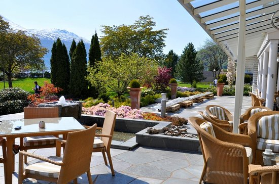 Hotel Alexandra: Terrace