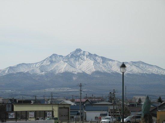 Route-Inn Grantia Shiretoko Shari Ekimae: 斜里岳