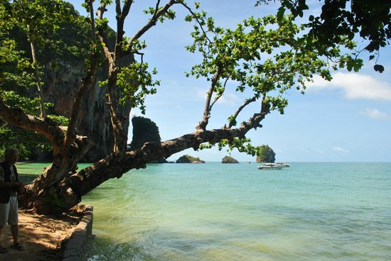 PhraNang Cave Beach: Picture perfect