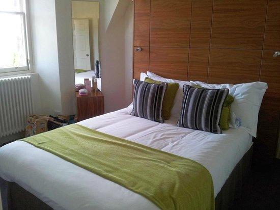 Merchiston Residence: Bedroom