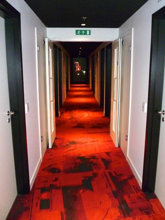 citizenM London Bankside: Corridor