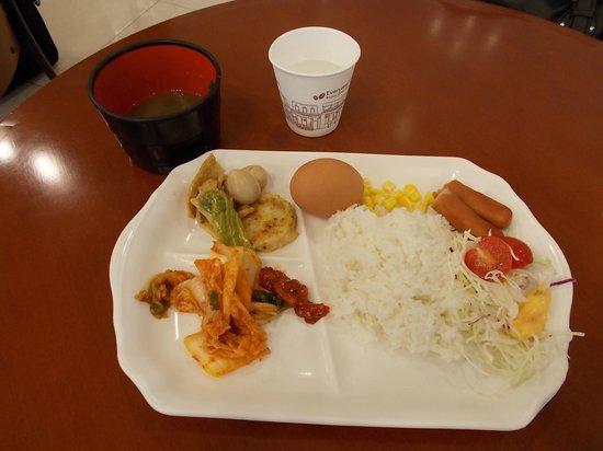 Toyoko Inn Busan Station 2 : 朝食はおまけ程度