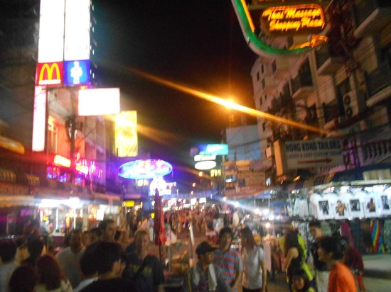 how to get to khao san road from suvarnabhumi airport