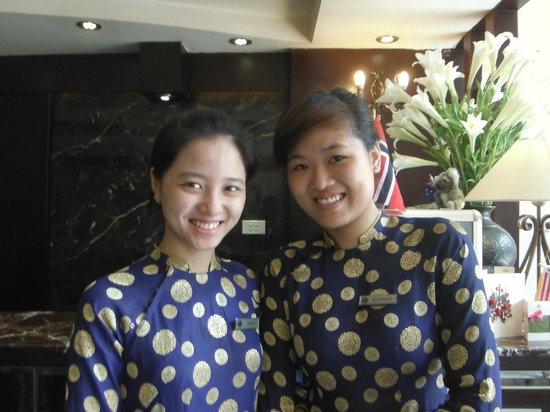 Hanoi Moment Hotel: Trang and Trang